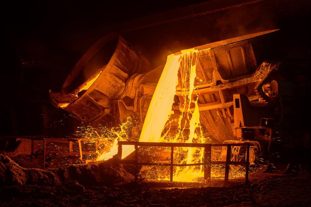 PRCO America ladle pouring molten metal